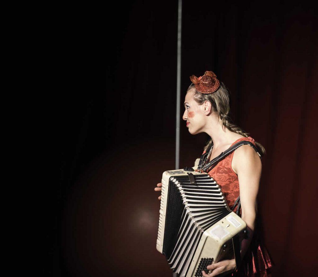 Comedy musical act - eleni ana Circus