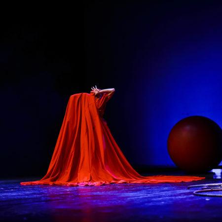 eleni ana Circus Lady Red